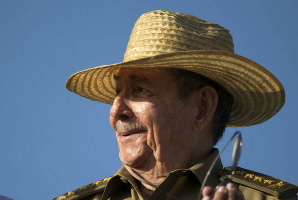 Raul Kastro se povlači iz političkog života