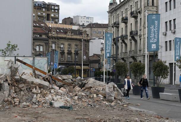 Vučić o rušenju u Hercegovačkoj: Da su me pitali, ja bih došao s bagerom u po bela dana