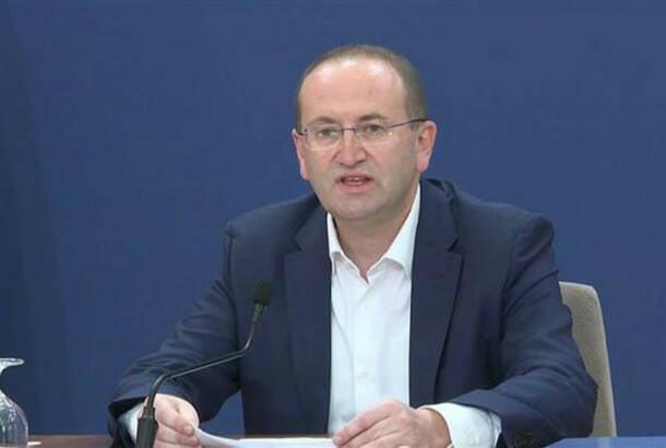 Gojković: Kineska vakcina sutra stiže u Srbiju