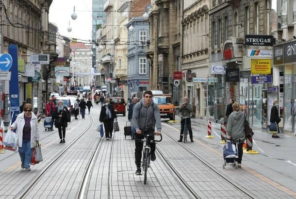 Alarmantni brojevi dnevno preminulih od koronavirusa u regionu, Hrvatska pooštrila uslove za ulazak u zemlju