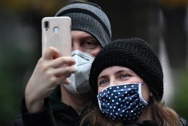 Virus potvrđen kod 6.842 osobe, u poslednja 24 sata preminulo 37 obolelih, i dalje raste broj pacijenata na respiratorima