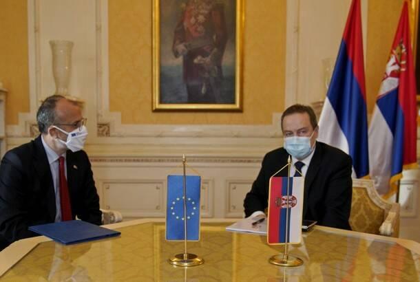Dačić s Fabricijem: Nakon usvajanja budžeta razgovor s Mekalisterom o međustranačkom dijalogu
