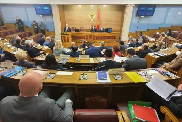 Skupština Crne Gore bira novu Vladu: Krivokapić pročitao ekspoze i predstavio ministre