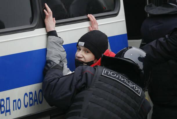 Protesti podrške Navaljnom u više ruskih gradova, uhapšeno oko 200 ljudi
