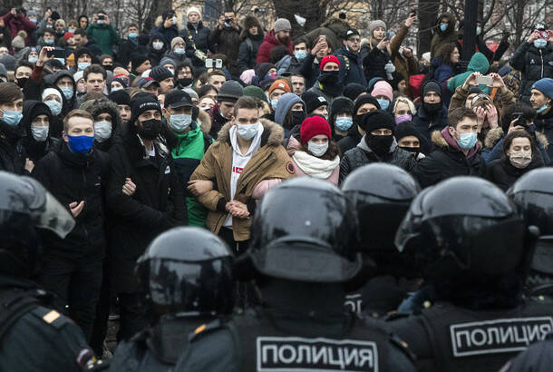 Oko 2.100 ljudi uhapšeno u Rusiji na demonstracijama za opozicionara Navaljnog
