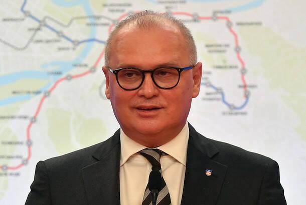 Vesić: Nećemo dopustiti uvođenje policijskog časa nulte tolerancije na život