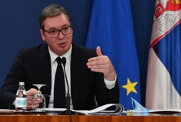 Vučić: Pričaju kako sam snajperom ubijao po Sarajevu, ne mogu laži da slušam