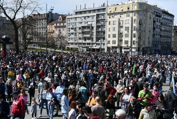 """Skup """"Ekološki ustanak"""" ispred Skupštine Srbije"""