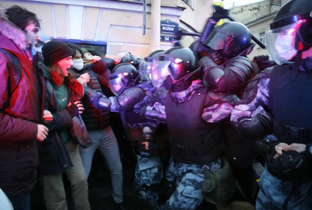 Uhapšeno više od 1.000 pristalica Navaljnog na protestima širom Rusije
