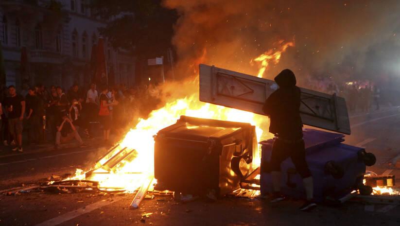 Bodo Marks/dpa via AP: Neredi u Hamburgu