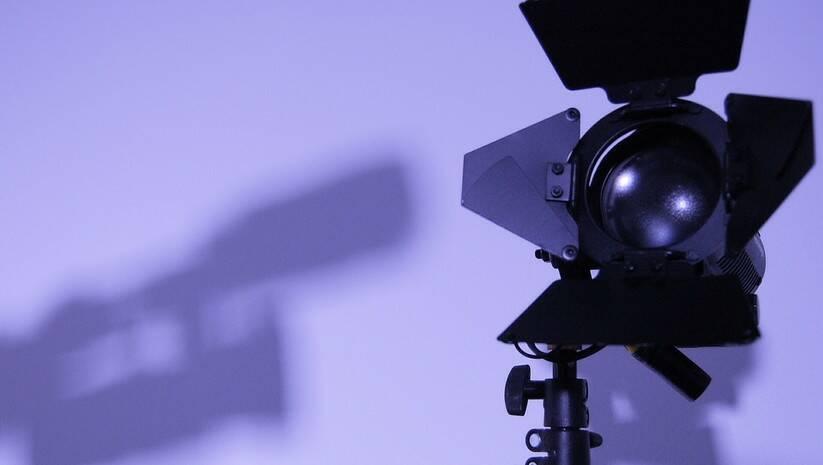 Pixabay: Mediji, ilustracija