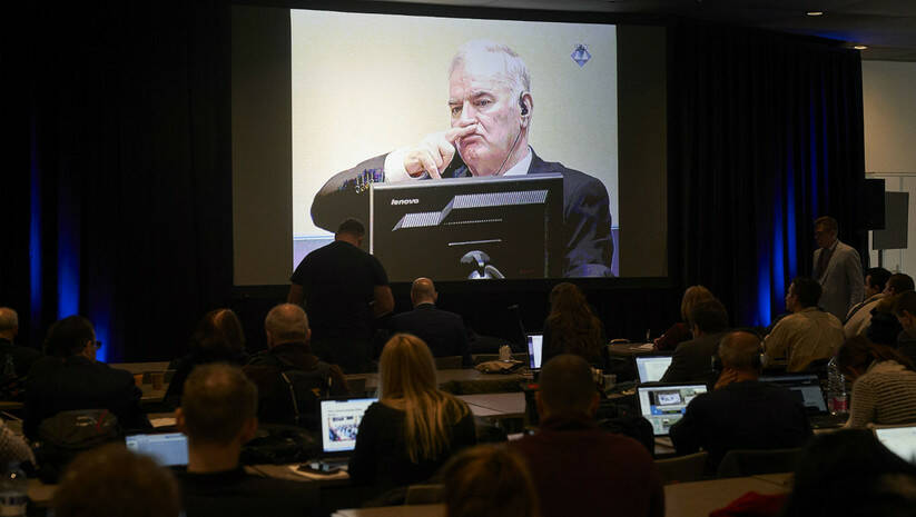 AP Photo/Peter Dejong, Pool: Ratko Mladić na izricanju presude