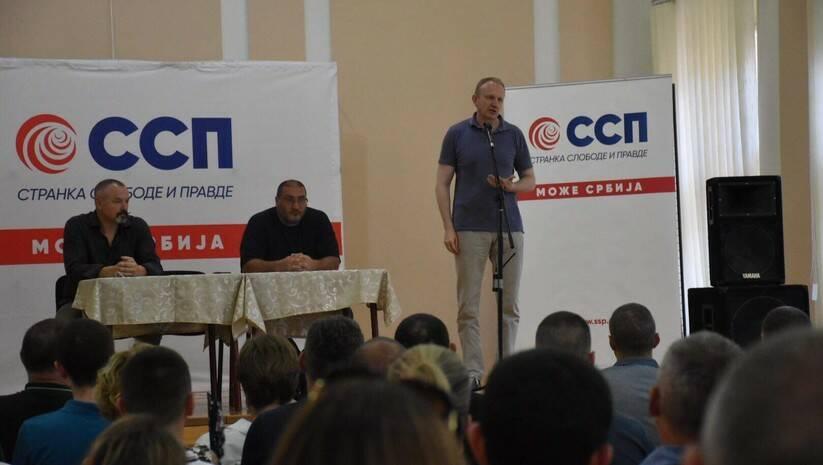 Tribina povodom Formiranja Inicijativnog odbora Stranke slobode i pravde u Šapcu / Foto: SSP