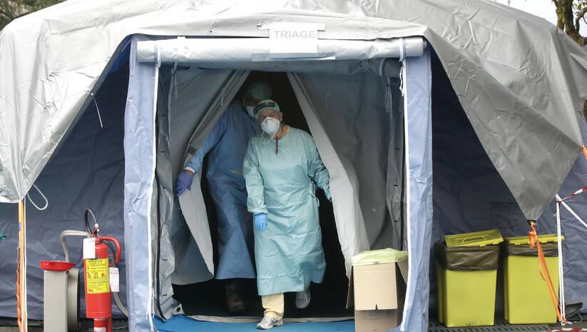 Beta/Luca Bruno: Medicinsko osoblje u Italiji u borbi sa koronavirusom