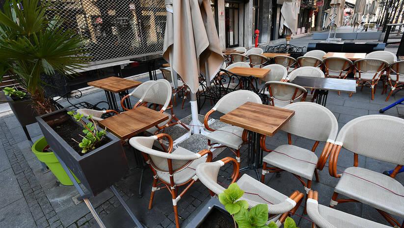 Prazni kafići u Beogradu, koronavirus Foto: Srđan Ilić