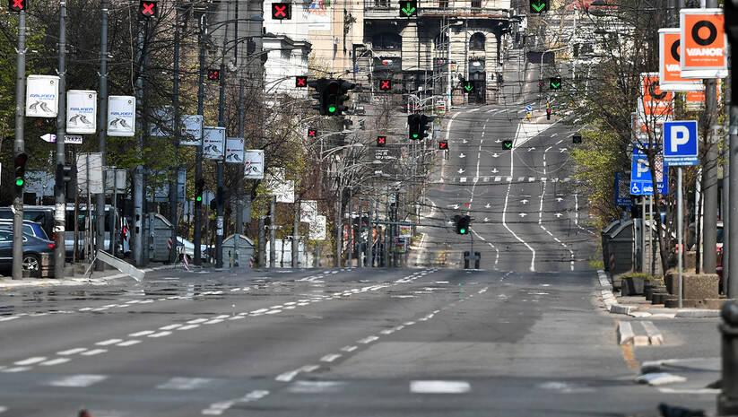 Prazne ulice u Beogradu tokom potpune zabrane kretanja zbog koronavirusa, 5. april 2020.  Foto: Srđan Ilić