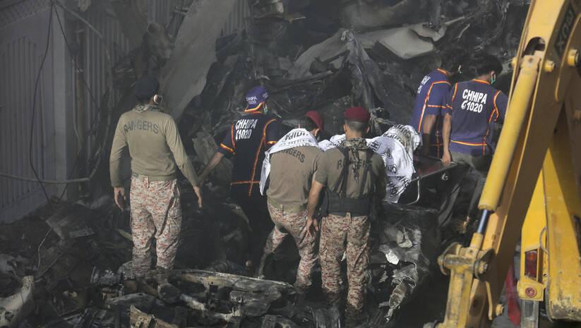 Fareed Khan: Avionska nesreća u Pakistanu