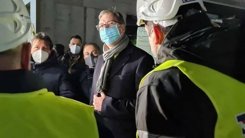 buducnostSrbije: Aleksandar Vučić tokom obilaska kovid bolnice u Kruševcu