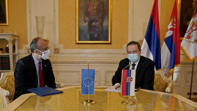 Sem Fabrici i Ivica Dačić Foto: Skupština Srbije