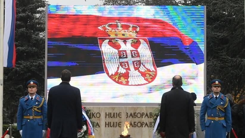 Aleksandar Vučić i Sergej Lavrov na Groblju oslobodilaca Beograda Foto: Facebook/Aleksandar Vučić