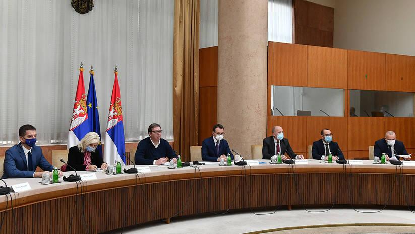 Aleksandar Vučić s predstavnicima Srba s Kosova Foto: Srđan Ilić