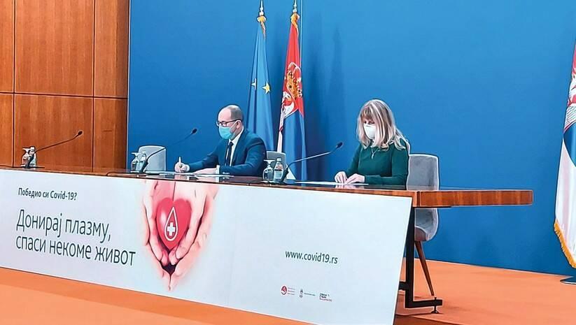 Zoran Gojković i Snežana Jovanović na konferenciji za medije Kriznog štaba Foto: Insajder