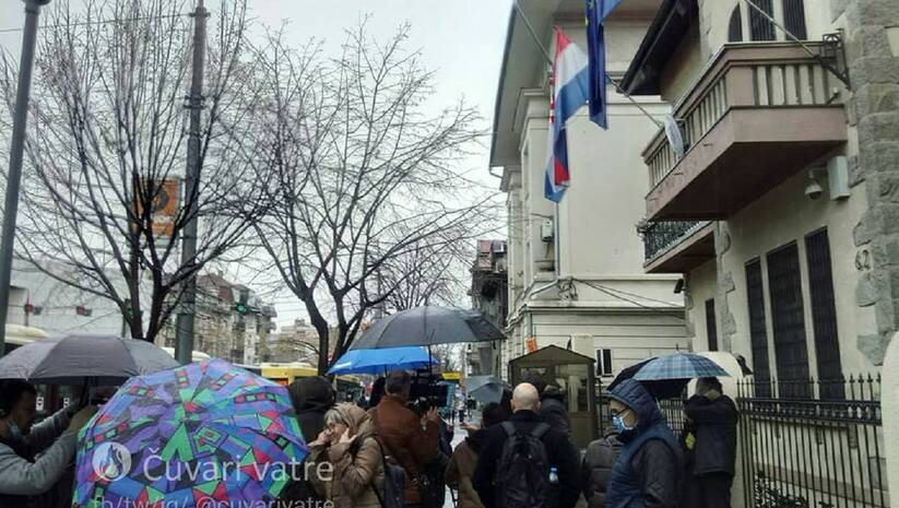 Skup podrške ispred ambasade Hrvatske u Beogradu, Foto: Twitter/Čuvari vatre