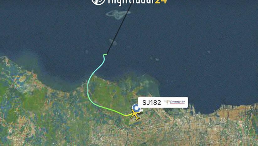 Ruta indonezijskog aviona Sriwijaya Air na letu 182 pre  nego što je nestao s radara  Foto: Betaphoto/Flightradar24.com via AP
