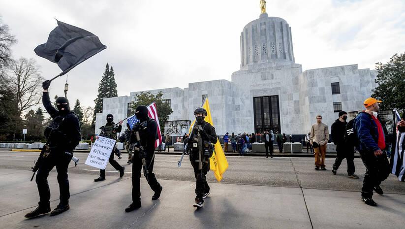 Protest u Salemu, glavnom gradu države Oregon, SAD, 17. januar 2021, Foto: AP Photo/Noah Berger
