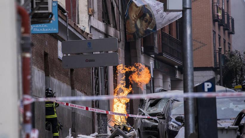 Vatrogasci na licu mesta nakon eksplozije u centru Madrida Foto:AP Photo/Bernat Armangue/Betaphoto