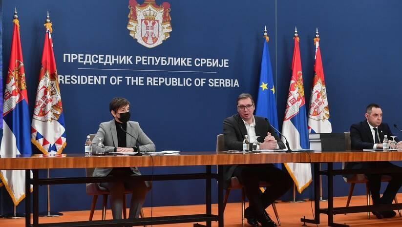 Ana Brnabić; Aleksandar Vučić i Aleksandar Vulin posle sednice Saveta za nacionalnu bezbednost Foto: Srđan Ilić