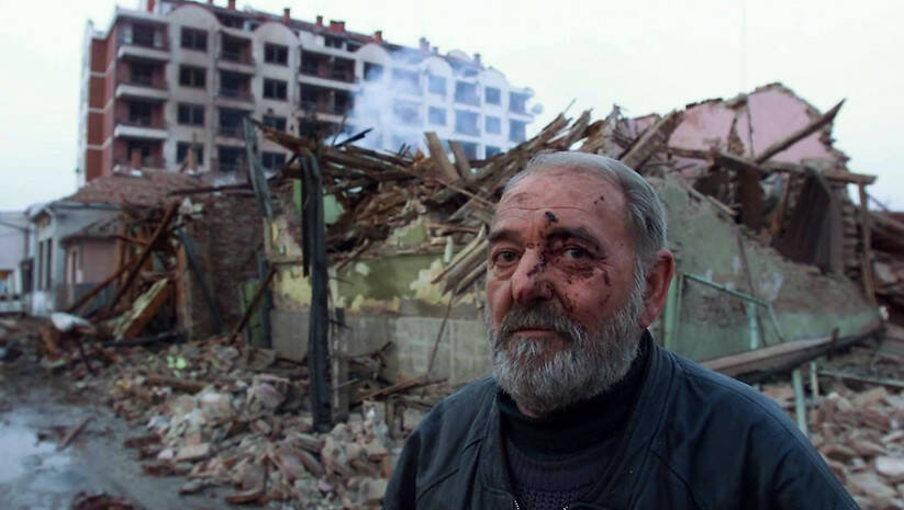 NATO bombardvanje u  Aleksincu, 6. april 1999, Foto: Srđan Ilić