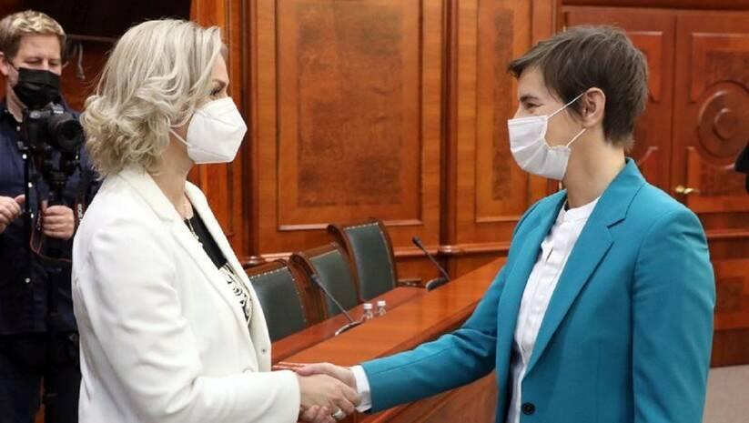 Ana Brnabić i Jelena Borovinić Bojović, Foto: Vlada Srbije