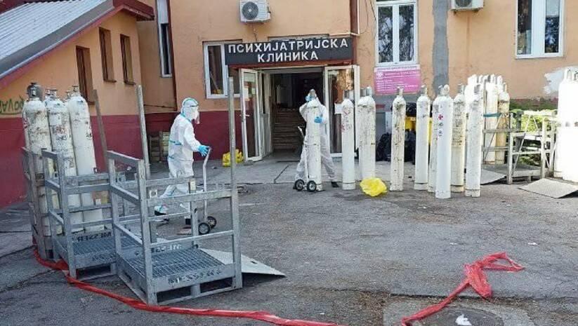 Bivši osuđenici volontiraju u kovid odeljenjima KBC Kragujevac,Foto: Facebook/NVO Posle kiše