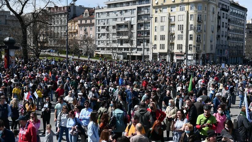 Ekološki ustanak ispred Skupštine Srbije, 10. april 2021. Foto: Srđan Ilić