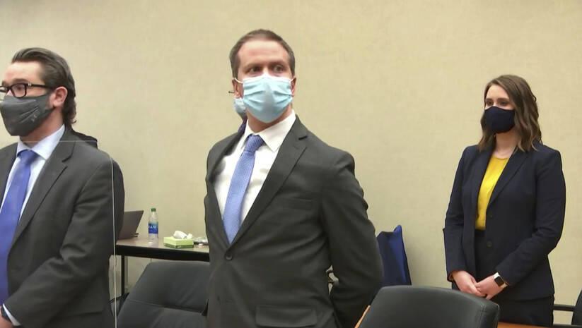 Derek Šovin prilikom izricanja presude za ubistvo Džordža Flojda Izvor: Beetaphoto/ Court TV via AP