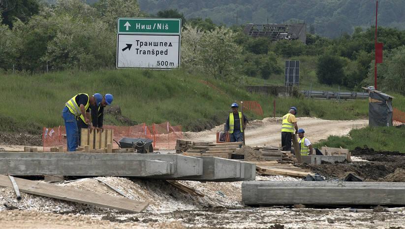 Srđan Ilić: Radovi na putu