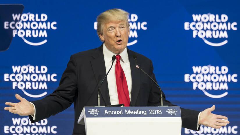 Laurent Gillieron/Keystone via AP: Donald Tramp u Davosu